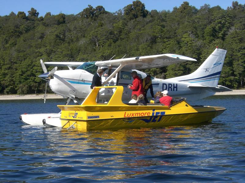 The Fly and Jetboat combo - picking up clients off the boat