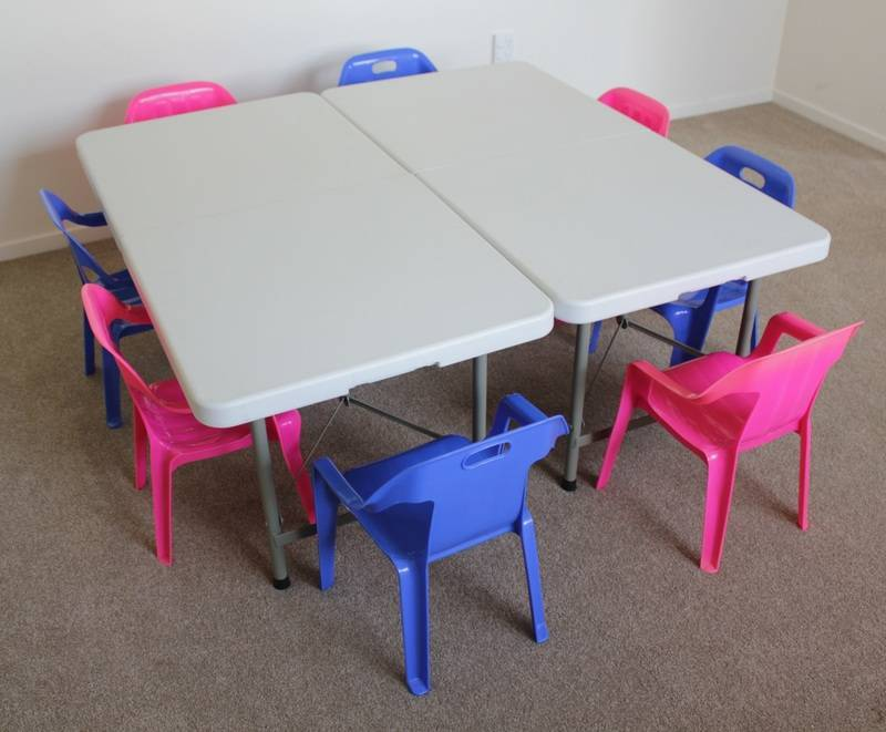 Children table and chair hire